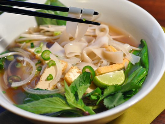 Recipe: Vegetarian Pho Vietnamese Noodle Soup | The Kitchn | Gluten ...